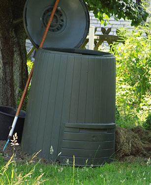 Nützliche Komposter