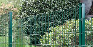 gruen Doppelstabmattenzaun